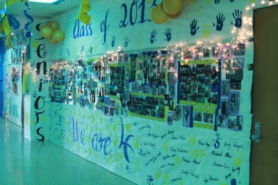 Seniors Stomp Competition in Homecoming Hallway Decorations