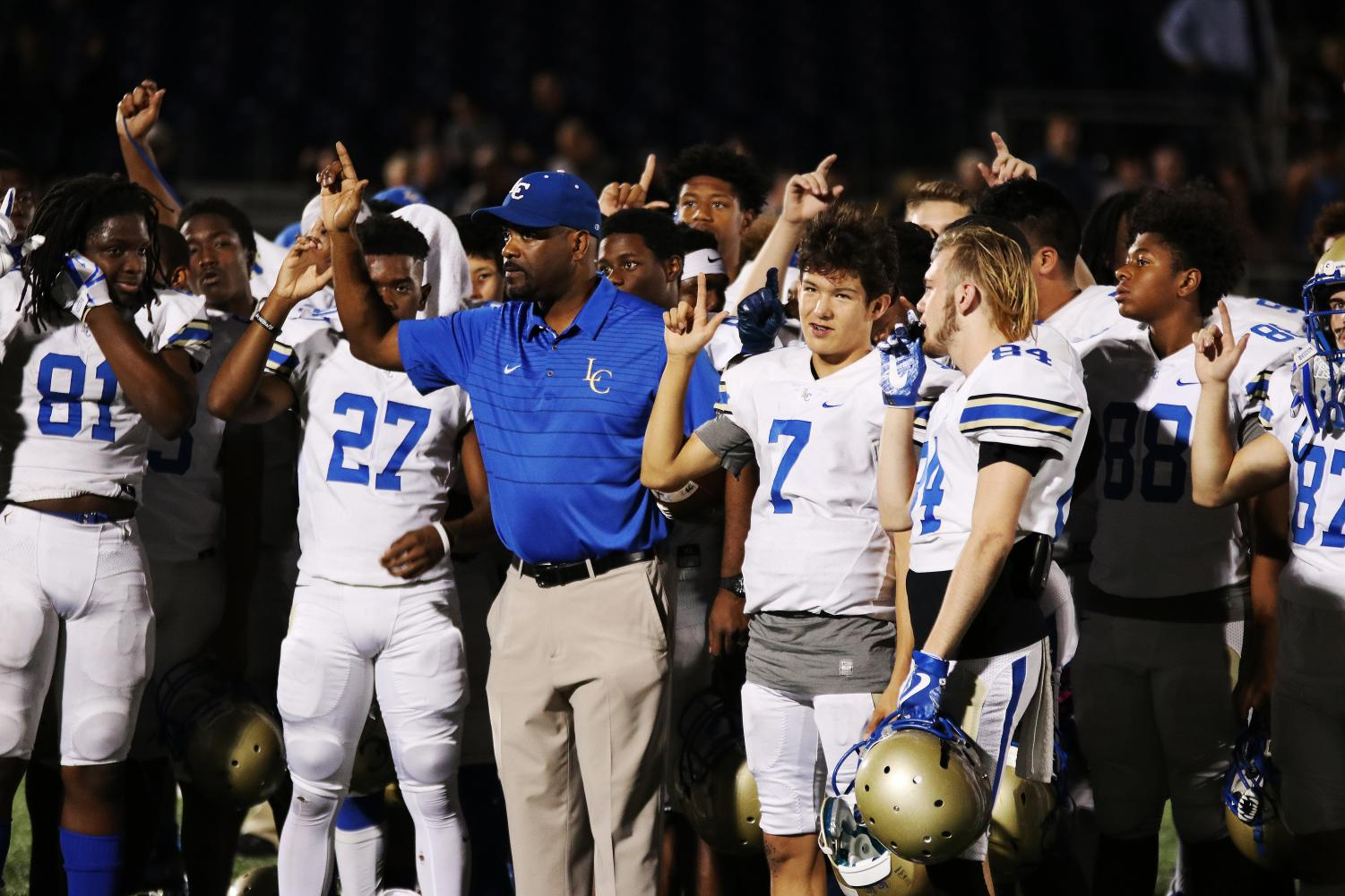 Lakeview vs. Jesuit: A Football Playoffs Photo Story