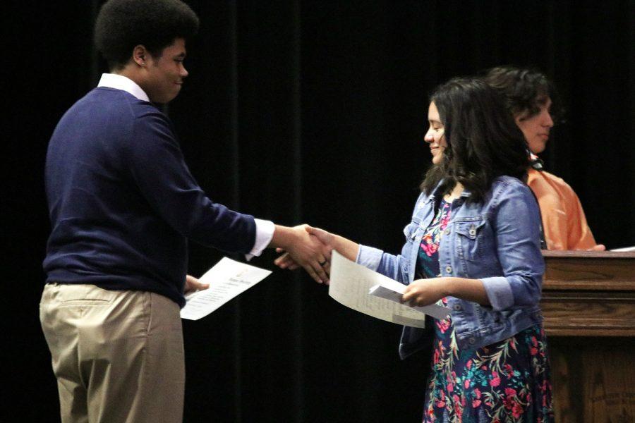 Hazel+receives+certificate.