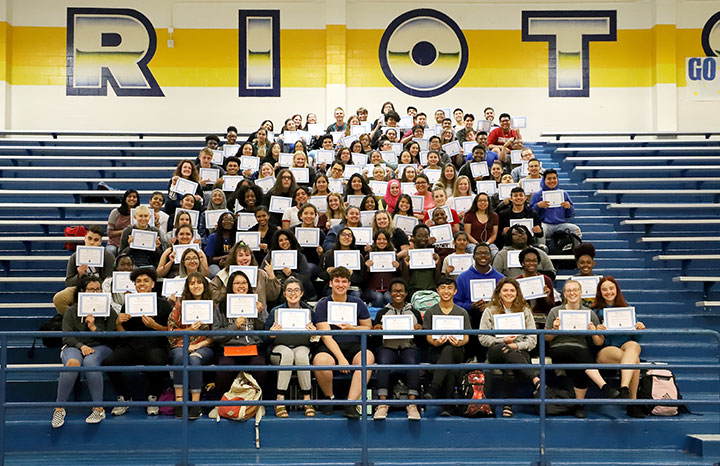 Dual+Credit+students+celebrate+earning+7801+hours+of+college+credit.